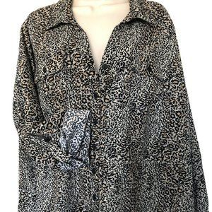 New Notations Roll tab sleeve leopard  womens top